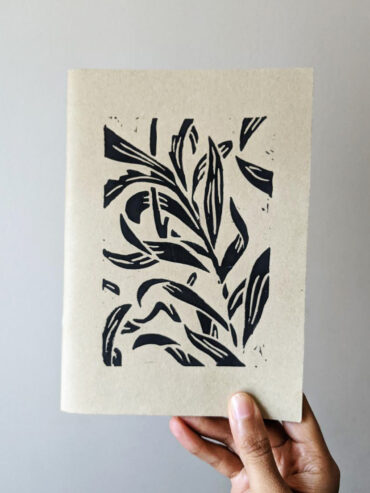 Black Vine Leaves Sketchbook